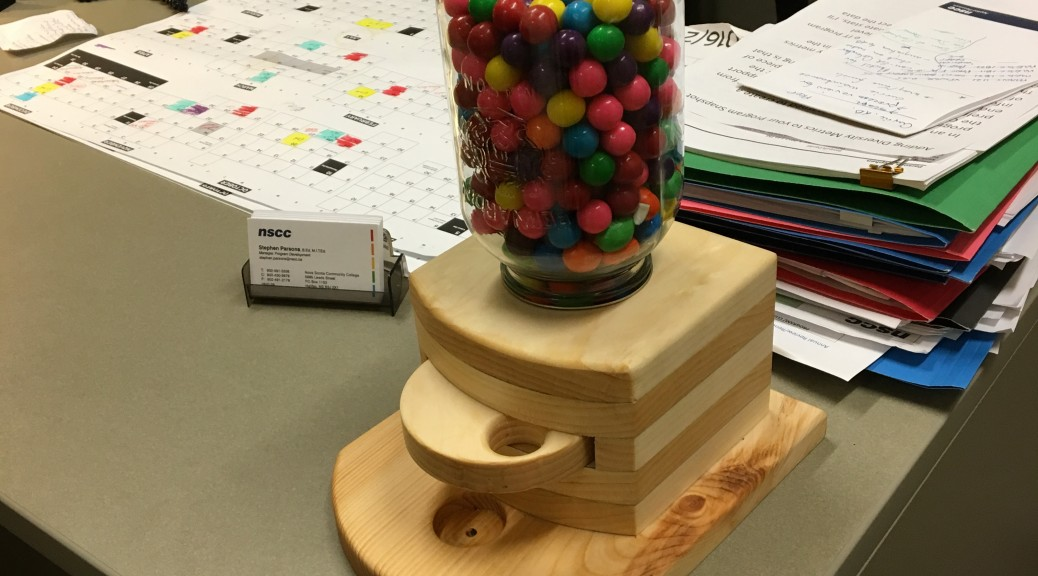 Gumball Machine in pine